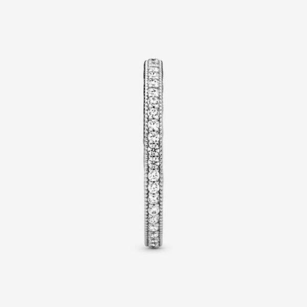 Pandora-Anello-pietre-scintillanti-e-cuori-4