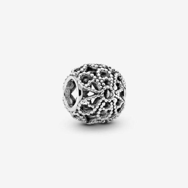 Pandora-Charm-Fiore-decorato-openwork-1