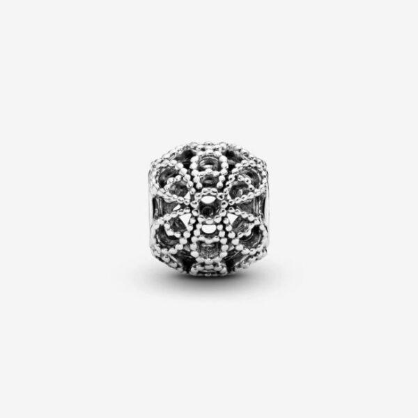 Pandora-Charm-Fiore-decorato-openwork-2