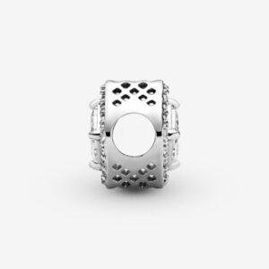 Pandora-Charm-Punto-Luce-quadrato-scintillante-3