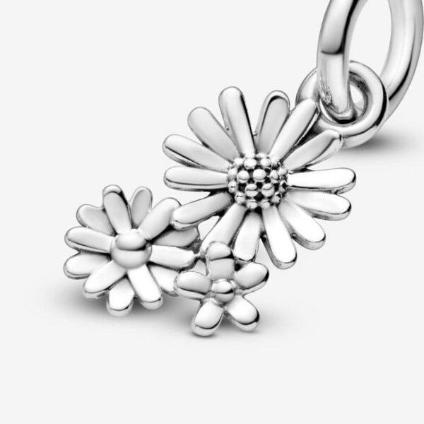 Pandora-Charm-pendente-Bouquet-di-margherite-4