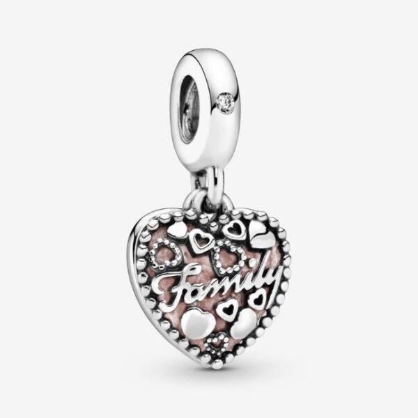 Pandora-Charm-pendente-a-cuore-Amare-significa-famiglia-1