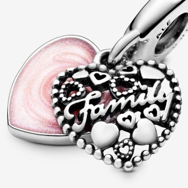 Pandora-Charm-pendente-a-cuore-Amare-significa-famiglia-4