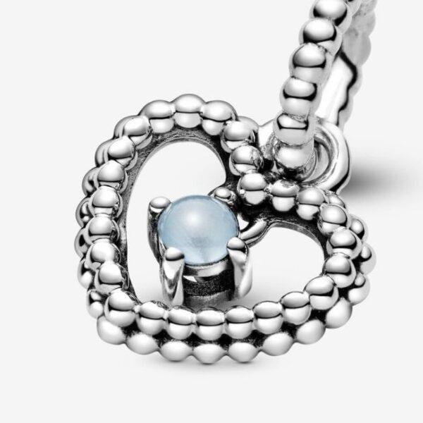 Pandora-Charm-pendente-a-cuore-azzurro-cielo-decorato-con-sfere-Purely-4