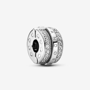 Pandora-Clip-con-logo-e-pavé-scintillante-1