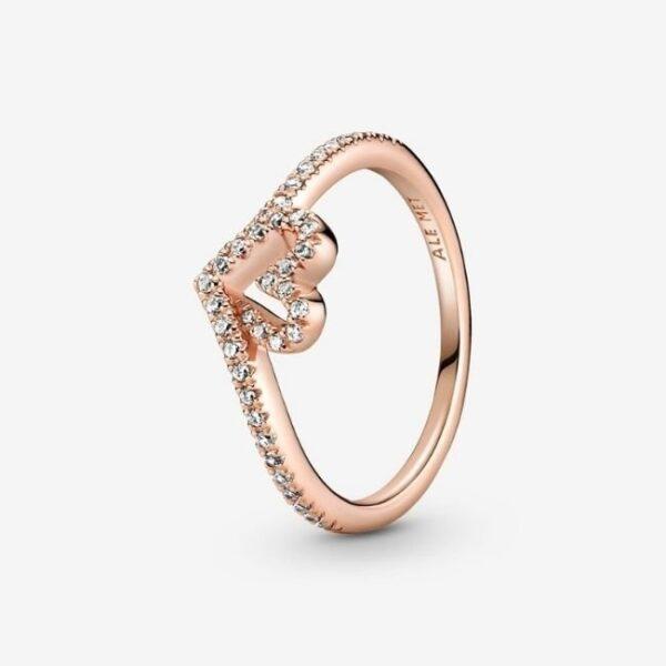 anello-pandora-cuorechevr-1